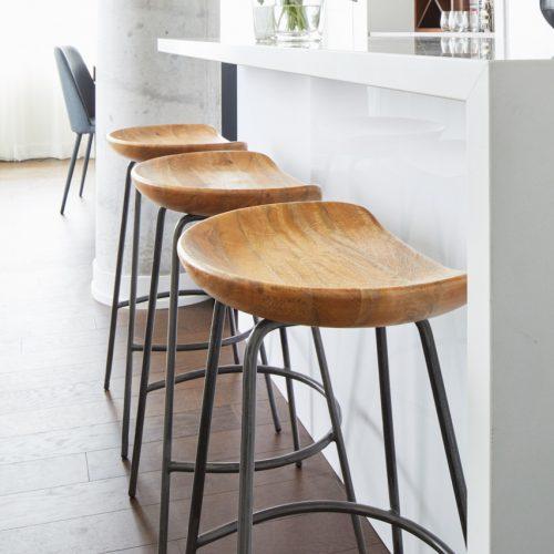 toronto condo, quartz waterfall counter, wood barstools, corktown, toronto designer linda mazur design